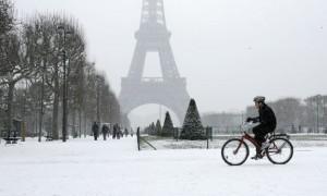 Paris-Neige