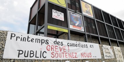 les-intermittents-du-spectacle-ont-vote-la-reconduction-de_916662_418x209